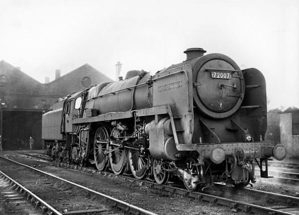 Routine「BR Standard Clan Class Pacific No 72007 Clan Mackintosh at Carlisle Kingmoor depot in 1965.」:写真・画像(9)[壁紙.com]