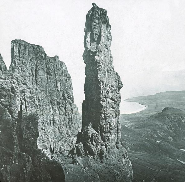 Basalt「Needle Rock」:写真・画像(6)[壁紙.com]