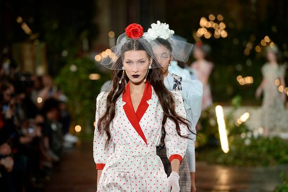 Catwalk - Stage「Rodarte - Runway - February 2020 - New York Fashion Week: The Shows」:写真・画像(13)[壁紙.com]