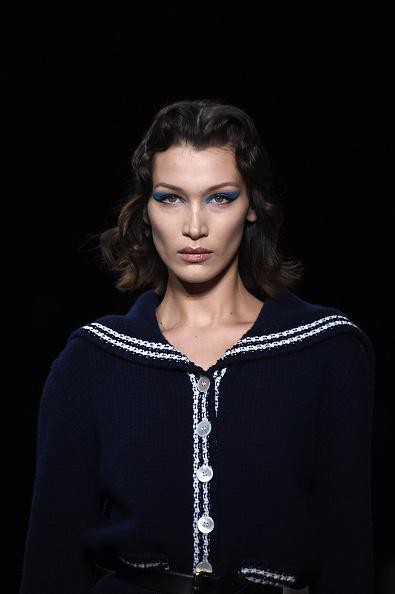 Miu Miu「Miu Miu : Runway - Paris Fashion Week Womenswear Fall/Winter 2020/2021」:写真・画像(4)[壁紙.com]