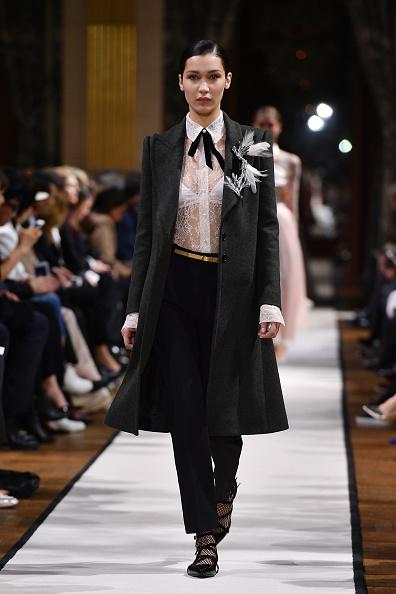 Womenswear「Lanvin : Runway - Paris Fashion Week Womenswear Fall/Winter 2017/2018」:写真・画像(8)[壁紙.com]