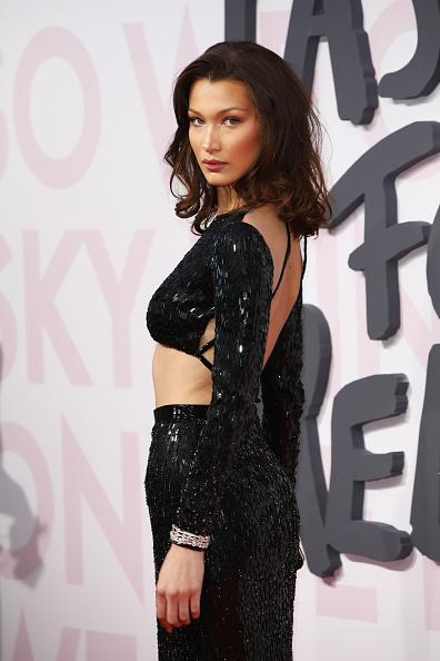 Sequin Skirt「Red Carpet Arrivals - Fashion For Relief Cannes 2018」:写真・画像(11)[壁紙.com]