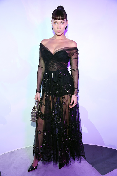 Bella Hadid「'Le Bal Surrealiste' Dior - Paris Fashion Week - Haute Couture Spring Summer 2018」:写真・画像(2)[壁紙.com]