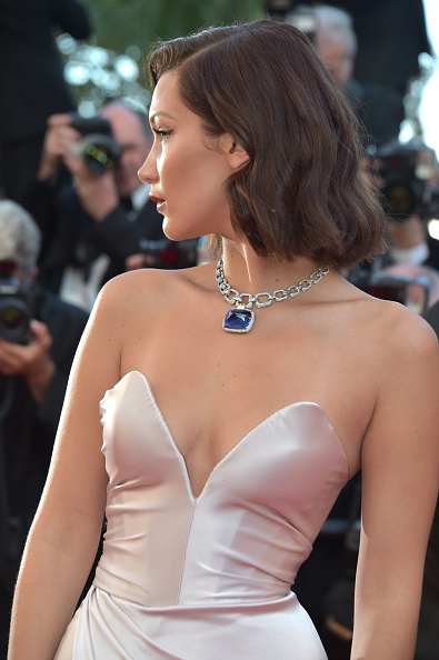 """Alternative Pose「""""Ismael's Ghosts (Les Fantomes d'Ismael)"""" & Opening Gala Red Carpet Arrivals - The 70th Annual Cannes Film Festival」:写真・画像(16)[壁紙.com]"""