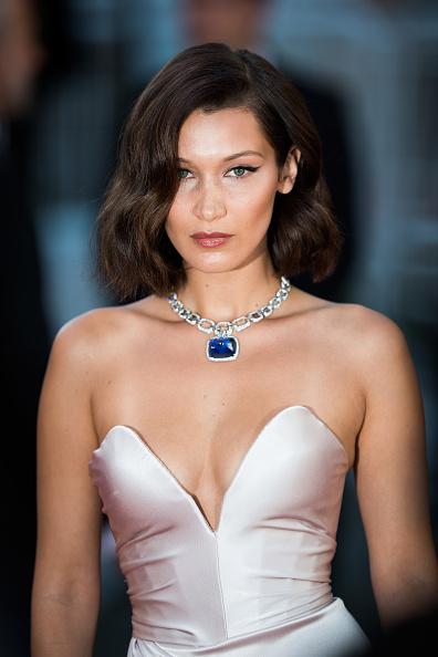 映画祭「'Ismael's Ghosts (Les Fantomes d'Ismael)' & Opening Gala Red Carpet Arrivals - The 70th Annual Cannes Film Festival」:写真・画像(3)[壁紙.com]
