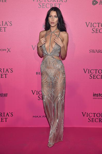 出席する「2016 Victoria's Secret Fashion Show in Paris - After Party - Arrivals」:写真・画像(19)[壁紙.com]