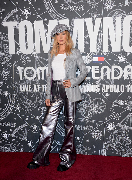Silver Colored「TOMMYNOW New York Fall 2019 - Front Row & Atmosphere」:写真・画像(7)[壁紙.com]