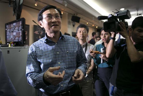 Hiding「Thailand's Former Deputy PM Chaturon Chaisaeng Arrested In Bangkok」:写真・画像(12)[壁紙.com]