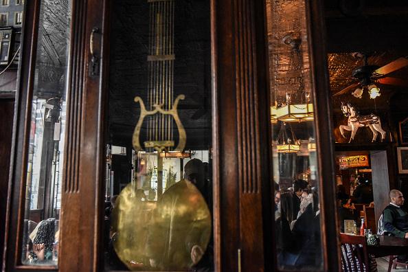 歴史「Protest Held At Iconic Greenwich Village Bar, The White Horse Tavern, Over Its Change Of Ownership」:写真・画像(7)[壁紙.com]
