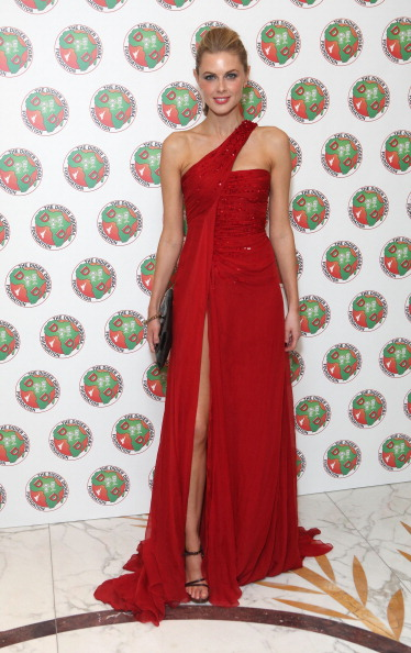 Sleeveless Dress「Didier Drogba Foundation Charity Ball」:写真・画像(16)[壁紙.com]