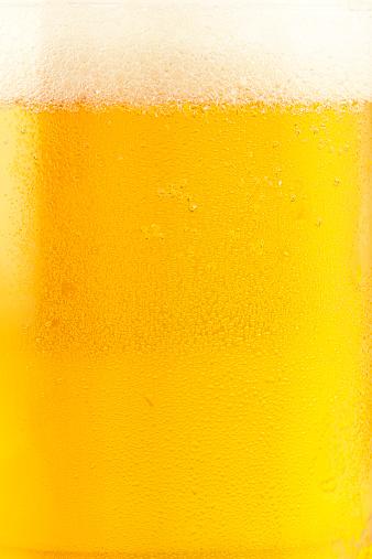 クローズアップ「新鮮なビール」:スマホ壁紙(2)