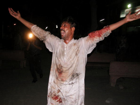 Pakistan「Three Bomb Blasts Kill 28 In Pakistan」:写真・画像(6)[壁紙.com]