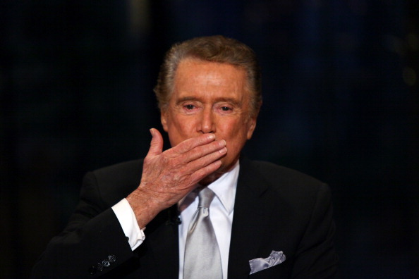 "Live Event「Regis Philbin's Final Show Of ""Live! With Regis & Kelly""」:写真・画像(2)[壁紙.com]"