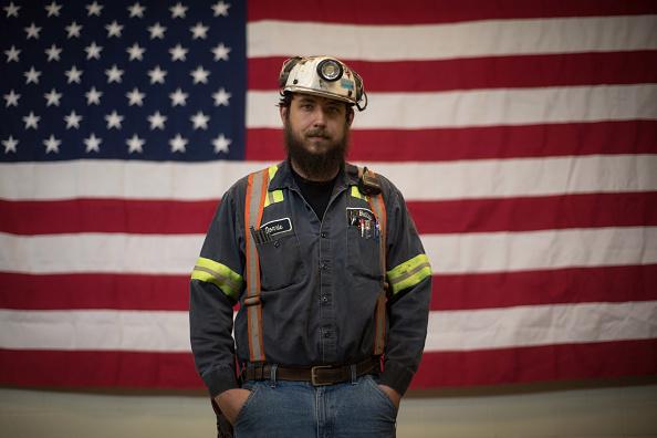 アメリカ合州国「EPA Administer Scott Pruitt Visits Pennsylvania Coal Mine」:写真・画像(3)[壁紙.com]