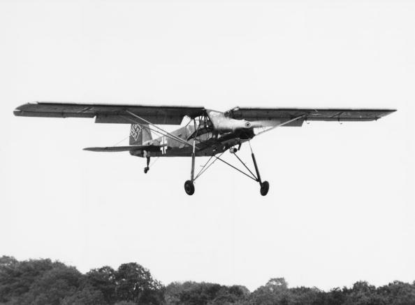 Military Airplane「Fieseler Storch」:写真・画像(4)[壁紙.com]