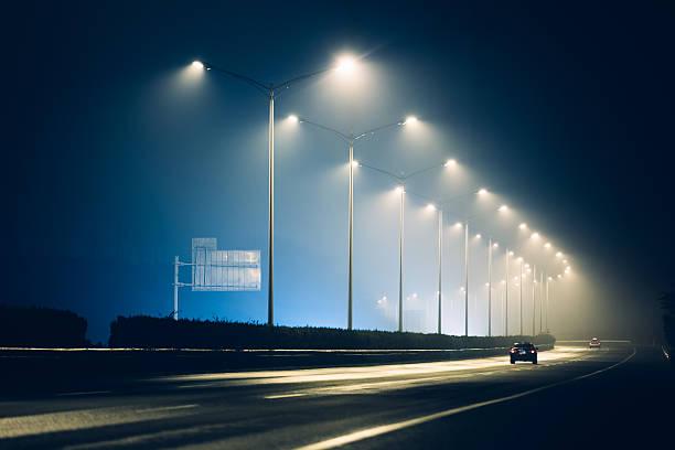 the highway lamps:スマホ壁紙(壁紙.com)