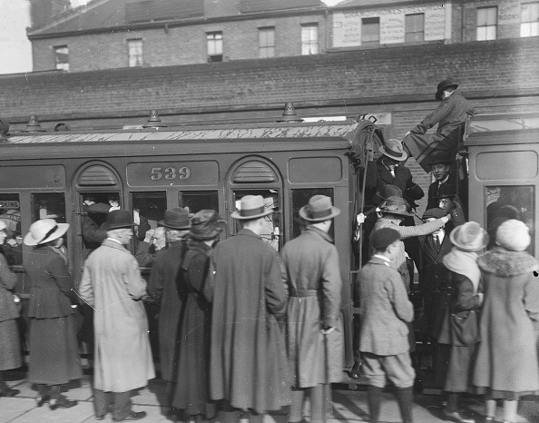 1910-1919「Busy Train」:写真・画像(12)[壁紙.com]