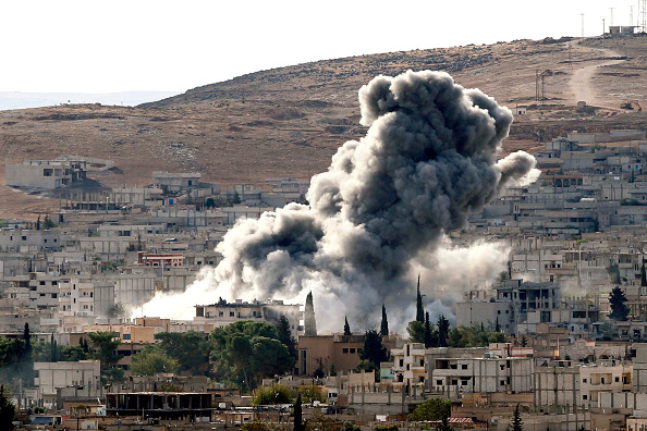 Ayn al-Arab「Syrian Kurds Battle IS To Retain Control Of Kobani」:写真・画像(0)[壁紙.com]