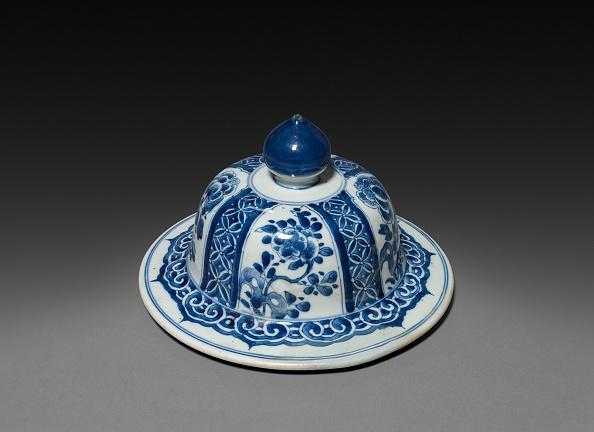 Vase「Vase With Cover (Lid)」:写真・画像(13)[壁紙.com]