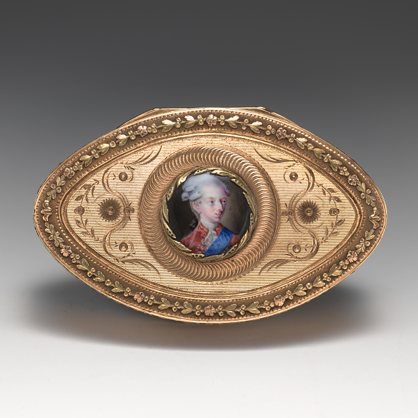 Topics「Snuffbox With Portrait Of Christian Vii (1749-1808)」:写真・画像(11)[壁紙.com]