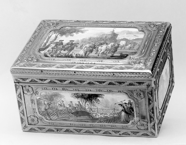 Nice - France「Snuffbox With Hunting Scene」:写真・画像(17)[壁紙.com]