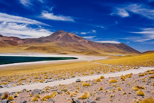 cloud「Laguna Miscanti in Atacama Desert, Chile」:スマホ壁紙(17)
