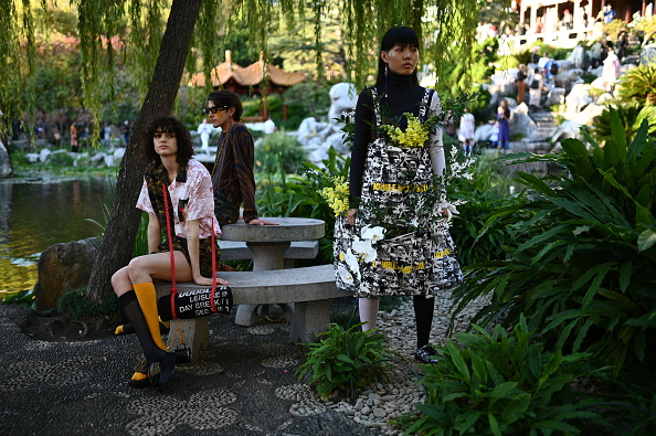 Double Rainbouu「Double Rainbouu - Runway - Mercedes-Benz Fashion Week Australia 2019」:写真・画像(16)[壁紙.com]