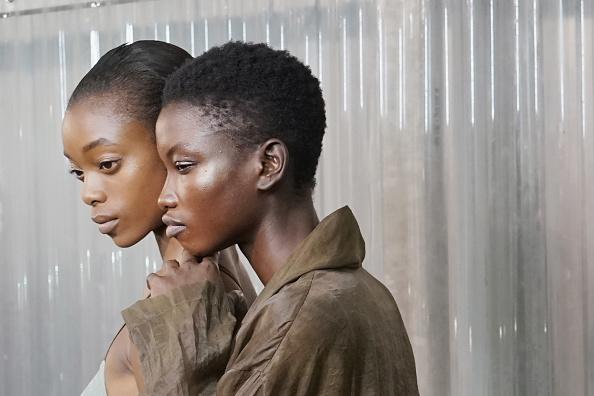 Fashion Model「Uma Wang : Backstage - Paris Fashion Week Womenswear Spring/Summer 2018」:写真・画像(19)[壁紙.com]