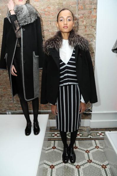 Striped Dress「Aron Rose - Presentation - Mercedes-Benz Fashion Week Fall 2014」:写真・画像(12)[壁紙.com]