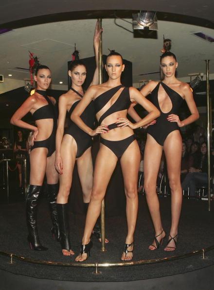 水着「Azzollini Fashion Show」:写真・画像(13)[壁紙.com]