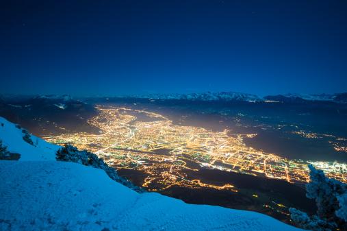 Grenoble「Grenoble Panorama in Winter Night」:スマホ壁紙(13)