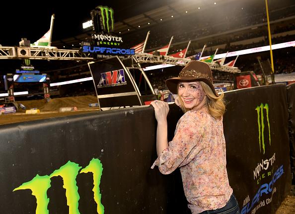 オートバイ競技「Monnster Energy Supercross Celebrity Night」:写真・画像(18)[壁紙.com]