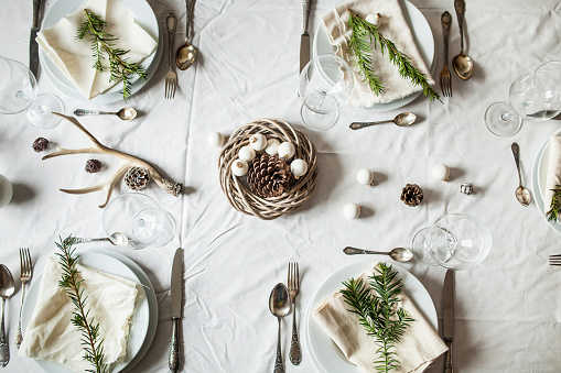 Dining Table「Festive laid table at Christmas time」:スマホ壁紙(3)