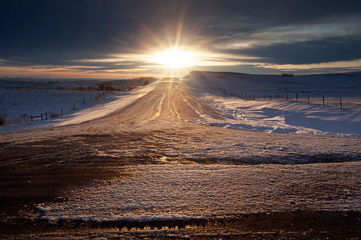Moose Jaw「Winter Time Highway  Just Out Side Of Moose Jaw Saskatchewan Canada」:スマホ壁紙(9)