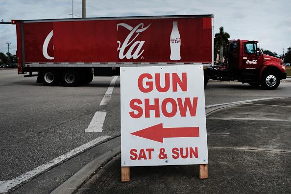 Naples - Florida「Gun Deaths On The Rise Again U.S. After A Decade Of Declines」:写真・画像(19)[壁紙.com]