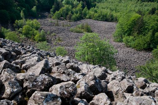 Basalt「Blockmeer basalt rocks at Schafstein mountain」:スマホ壁紙(2)