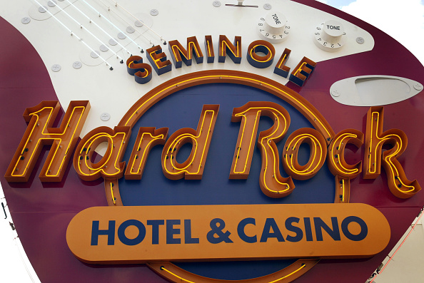 ハードロックホテル&カジノ「Seminole Hard Rock Hotel and Casino Opens In South Florida」:写真・画像(3)[壁紙.com]