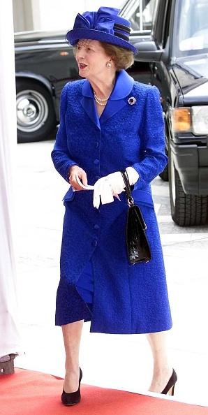 Blue「Queen Mother's Birthday」:写真・画像(10)[壁紙.com]