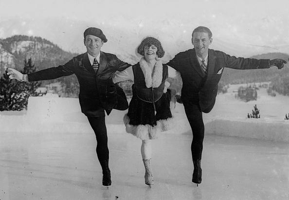 Figure Skating「Skating Trio」:写真・画像(4)[壁紙.com]