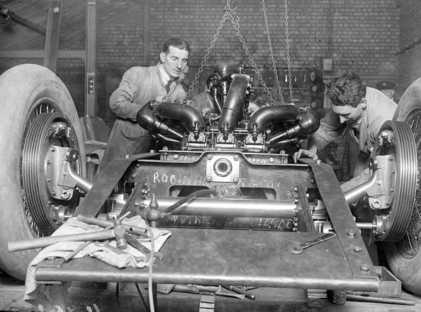 Mechanic「Car Mechanics」:写真・画像(17)[壁紙.com]