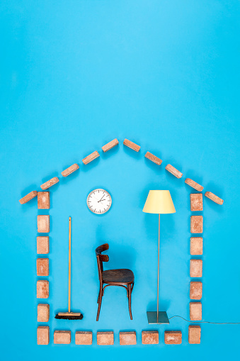 箒「Simple house with chair, clock and floor lamp」:スマホ壁紙(16)