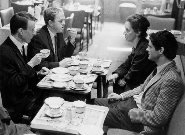 Erich Auerbach「Composers' Cafe」:写真・画像(18)[壁紙.com]