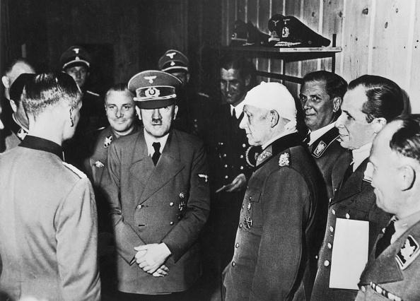 Assassination「Hitler Survives」:写真・画像(18)[壁紙.com]