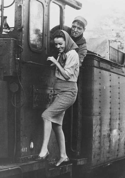 俳優「The Train」:写真・画像(4)[壁紙.com]