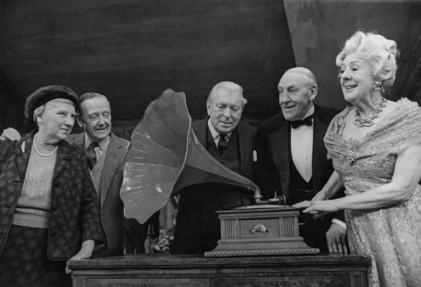 Gramophone「1968 Audio Fair」:写真・画像(16)[壁紙.com]
