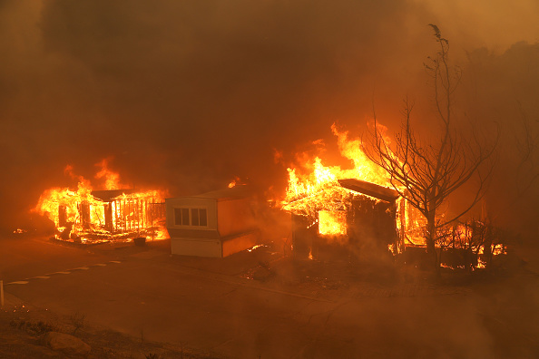Geographical Locations「Hennessey Fire Burns In Napa County」:写真・画像(14)[壁紙.com]