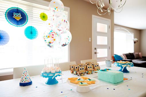 Birthday「Birthday decoration table」:スマホ壁紙(13)