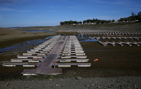 Sequential Series「State's Extreme Drought Leaves Folsom Lake Reservoir Below 20 Percent Capacity」:写真・画像(15)[壁紙.com]