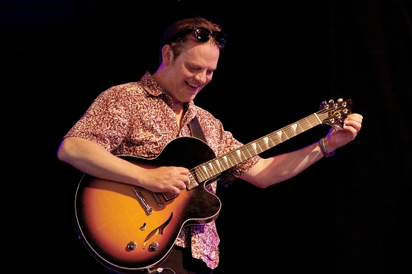 Electric Guitar「Phil Robson Love Supreme Jazz Festival Glynde Place East Sussex 2015」:写真・画像(6)[壁紙.com]