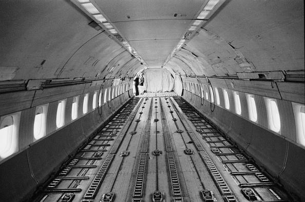 Finance and Economy「Douglas DC-8」:写真・画像(5)[壁紙.com]